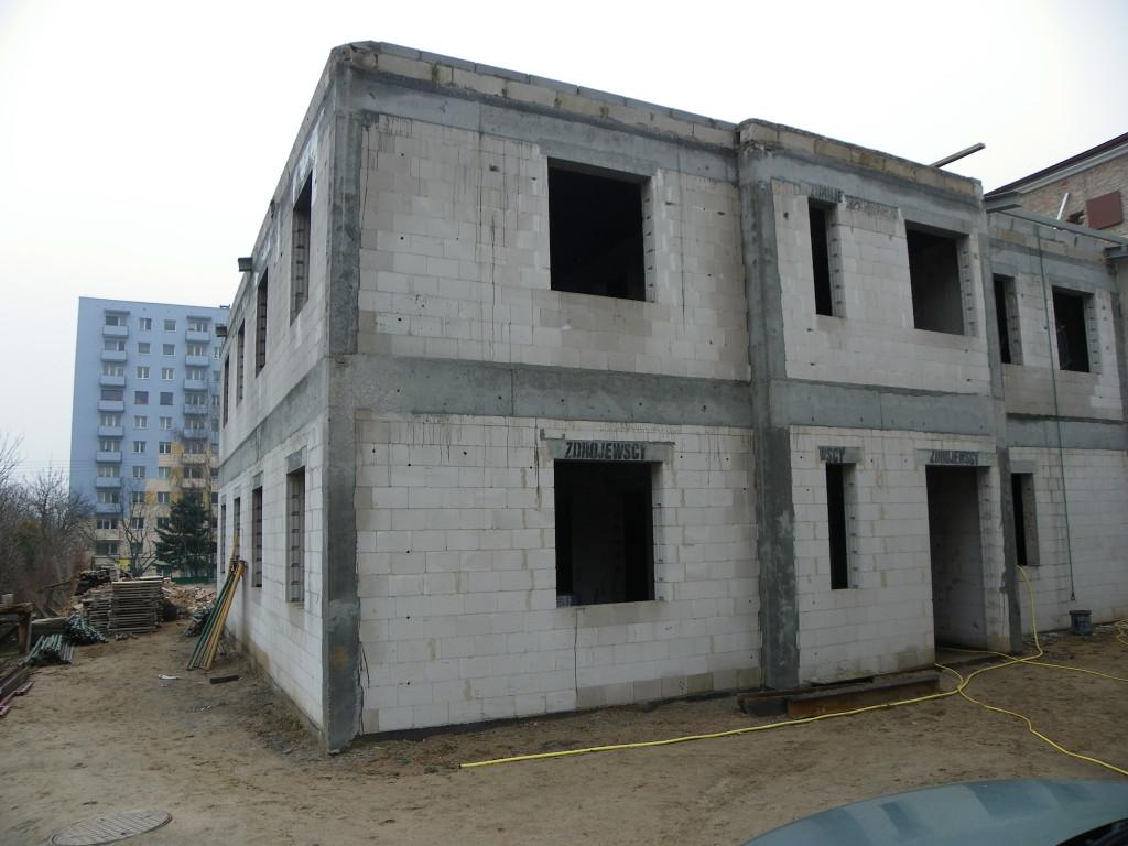 Budowa 2 015